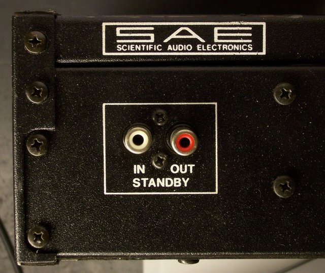 SAE amplifier standby input